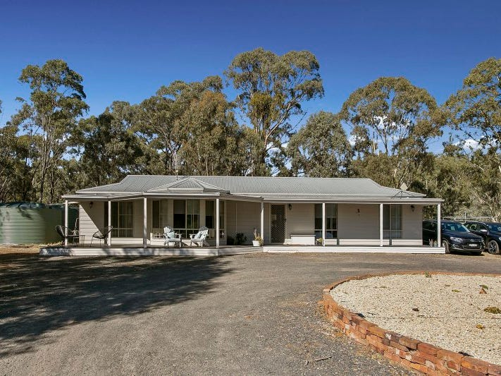 137 Logan-Wedderburn Road, Wedderburn, Vic 3518