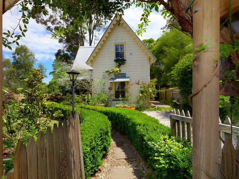 30 Mount Road, Bowral, NSW 2576