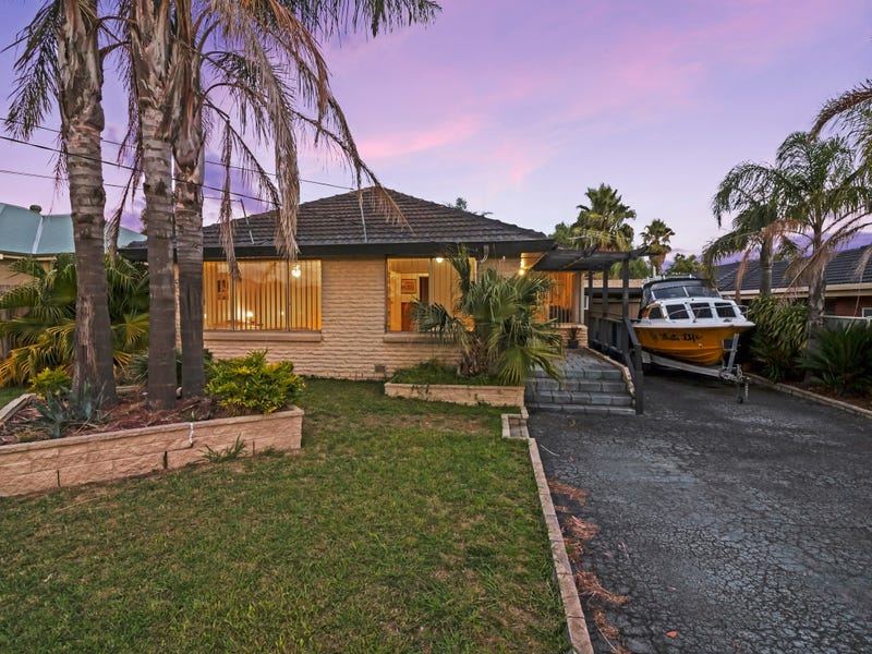 20 Burke Road, Ferntree Gully, Vic 3156