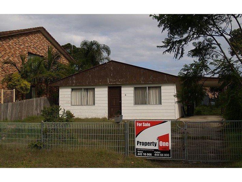 5 Lennox Rd, Callala Beach, NSW 2540