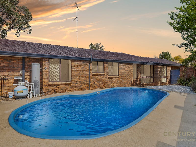 15 Clydesdale Drive, Blairmount, NSW 2559