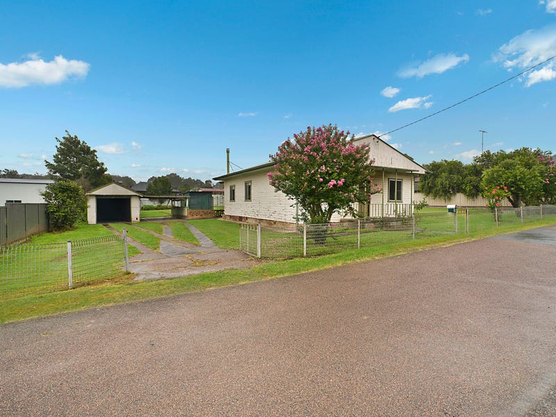 19 Little Park Street, Greta, NSW 2334