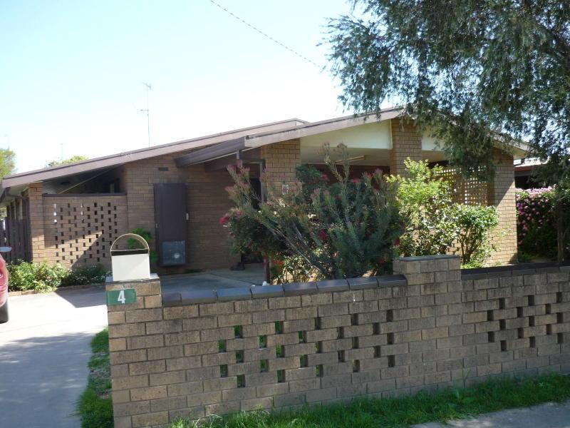 4 Mead Street, Cohuna, Vic 3568