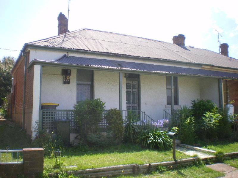 125 Clinton Street, Goulburn, NSW 2580