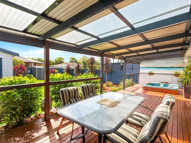 10 Iron Bark Avenue, Albion Park Rail, NSW 2527
