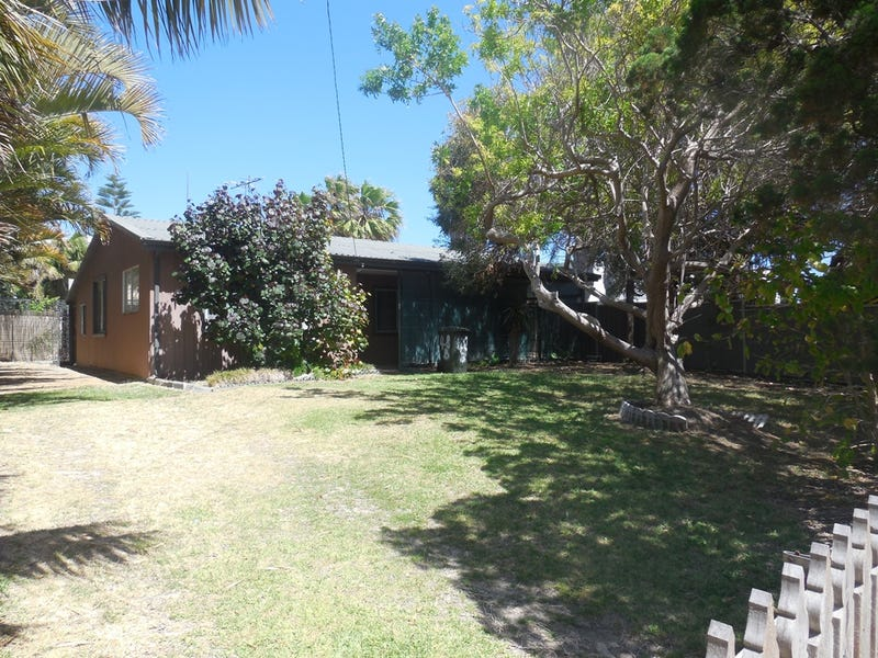 48 Gingin Road, Lancelin, WA 6044