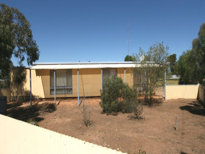 17 High Street, Tickera, SA 5555