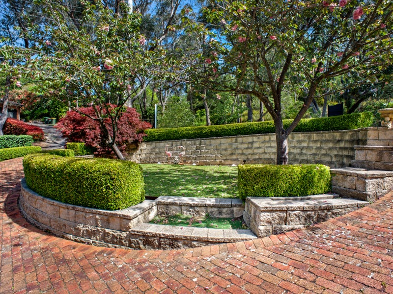 40 Claines Crescent, Wentworth Falls, NSW 2782