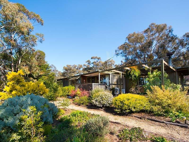 18 Goughs Range Road, Maldon, Vic 3463