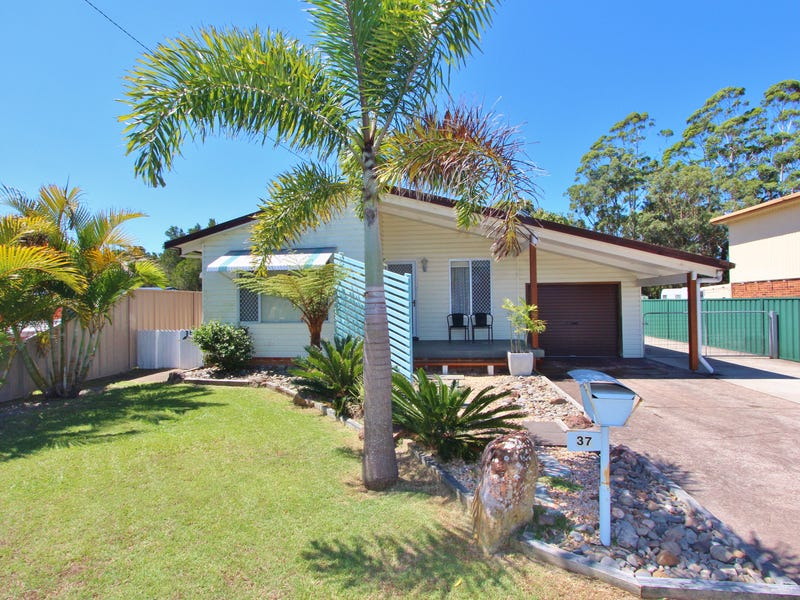 37 Eames Avenue, North Haven, NSW 2443