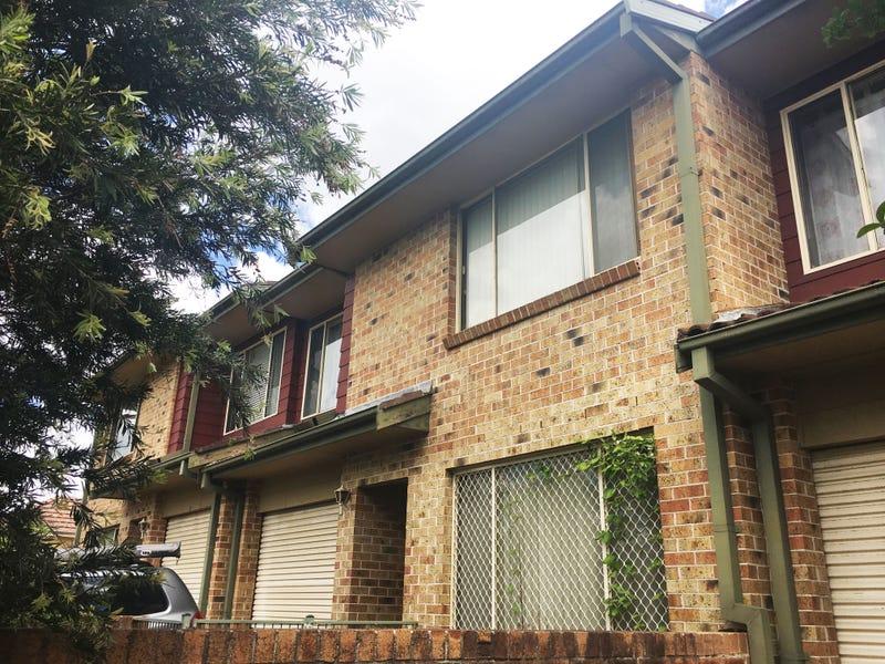 2/8 William Street, Seven Hills, NSW 2147