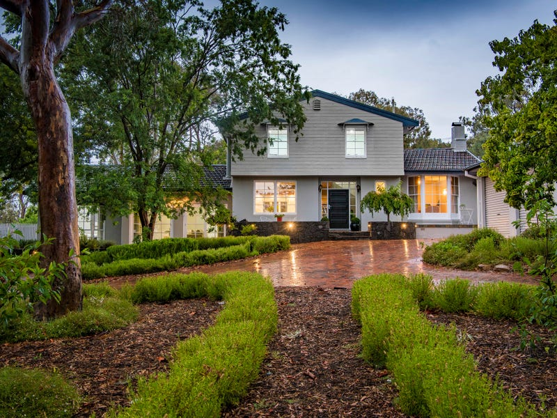 42 Holmes Crescent, Campbell, ACT 2612