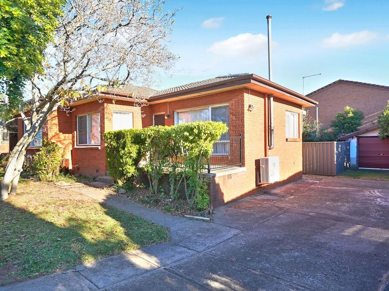 23 Foreman Street, Glenfield, NSW 2167
