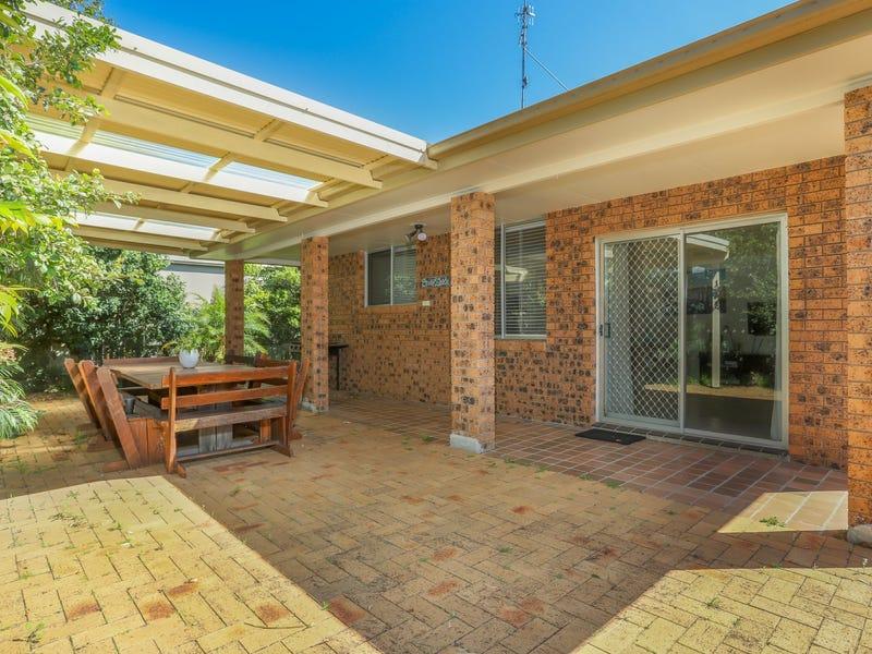 Villa 8/12-18 Patanga Street, Hawks Nest, NSW 2324