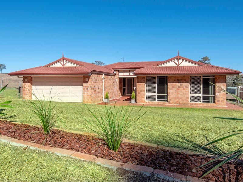 26 Windermere Drive, Hodgson Vale, Qld 4352