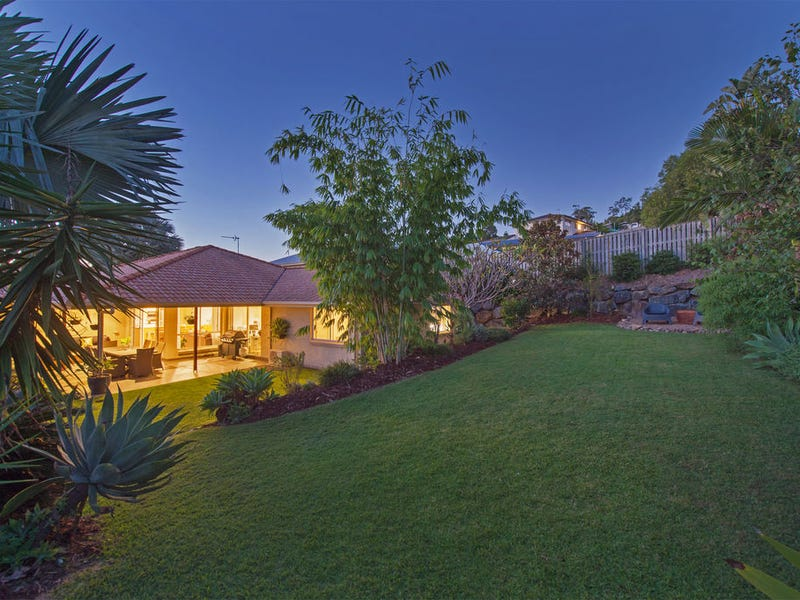 9 Angourie Crescent, Pacific Pines, Qld 4211