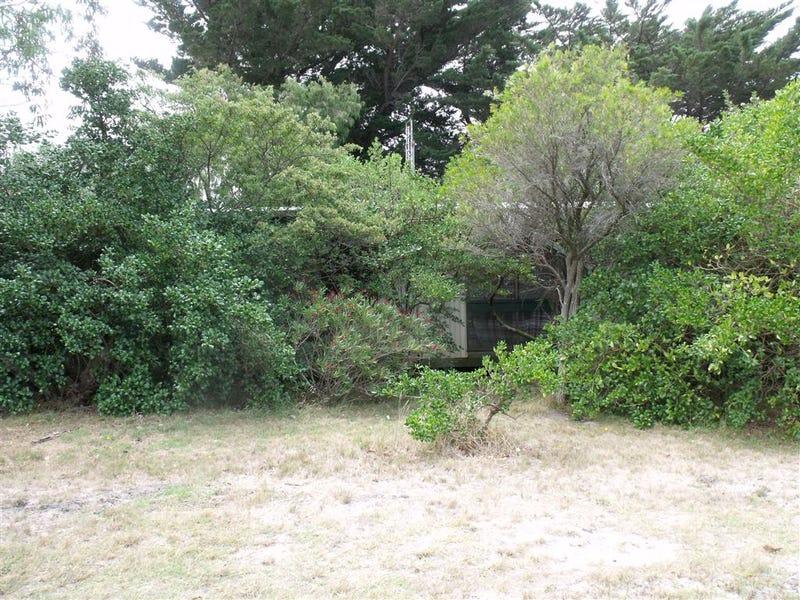 6 Foreshore Road, McLoughlins Beach, Vic 3874