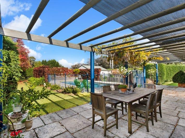 25 Highland Drive, Bowral, NSW 2576