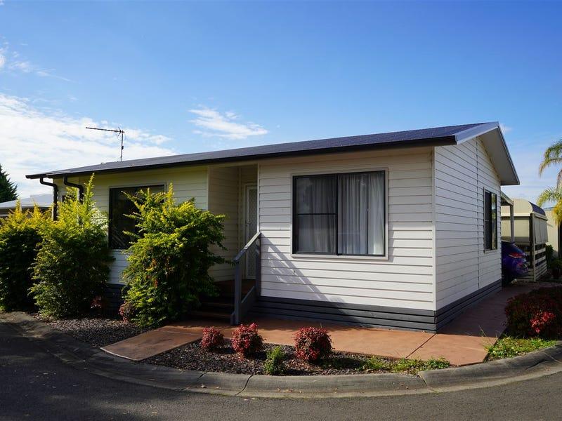 211/30 Majestic Drive, Stanhope Gardens, NSW 2768