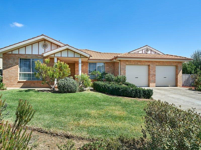 27 Kimba Drive, Glenfield Park, NSW 2650