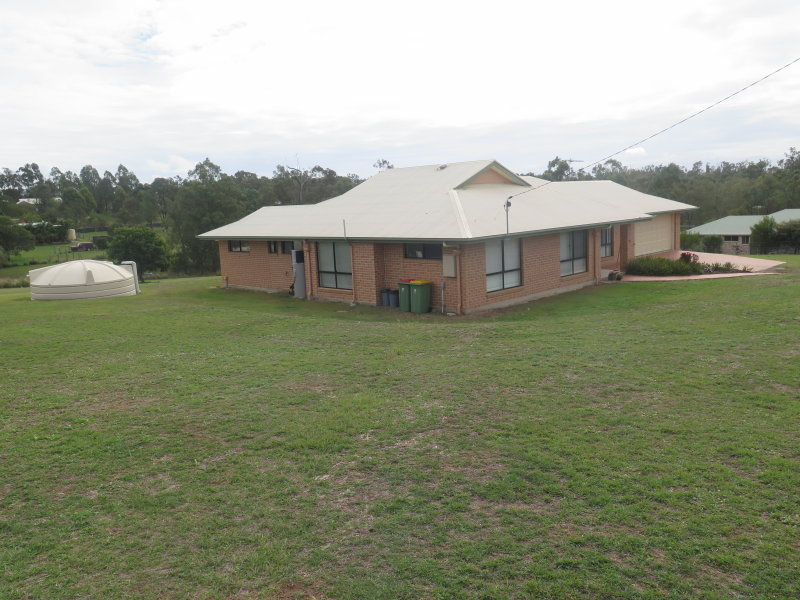 3 grebe court, Laidley Heights, Qld 4341