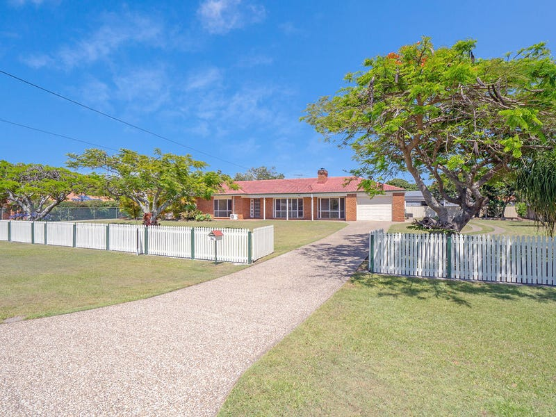 34 Pelican Parade, Jacobs Well, Qld 4208