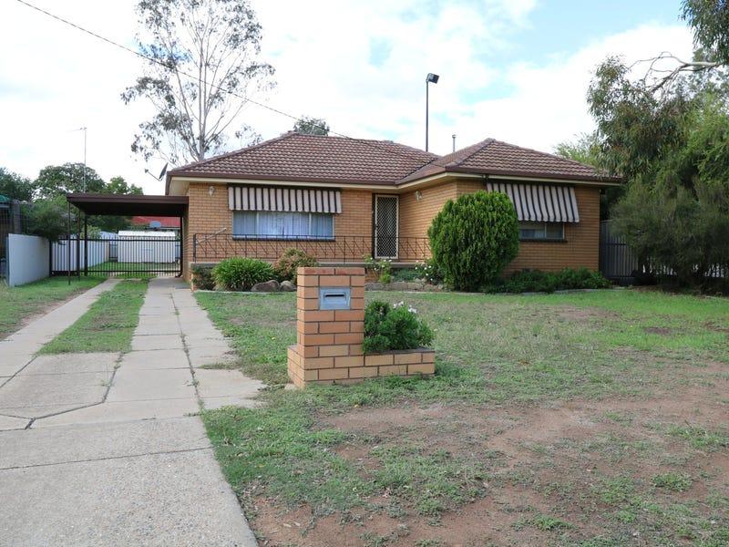 11 Weedon Crescent, Tolland, NSW 2650