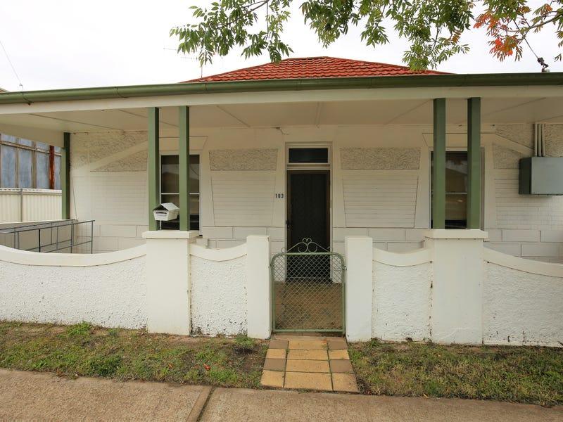 103 Stewart Street, Bathurst, NSW 2795