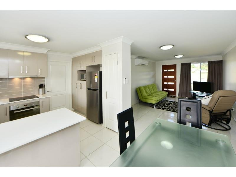 2/26 McMorrow Street, Kearneys Spring, Qld 4350