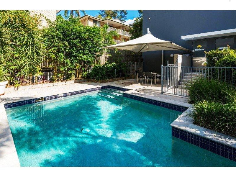 20 Paradise Street, Highgate Hill, Qld 4101