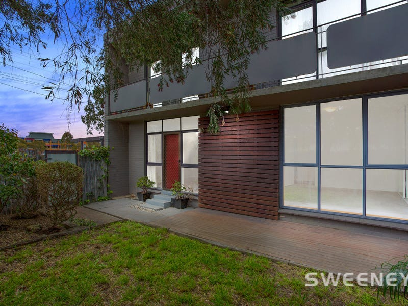 1/418 Blackshaws Road, Altona North, Vic 3025