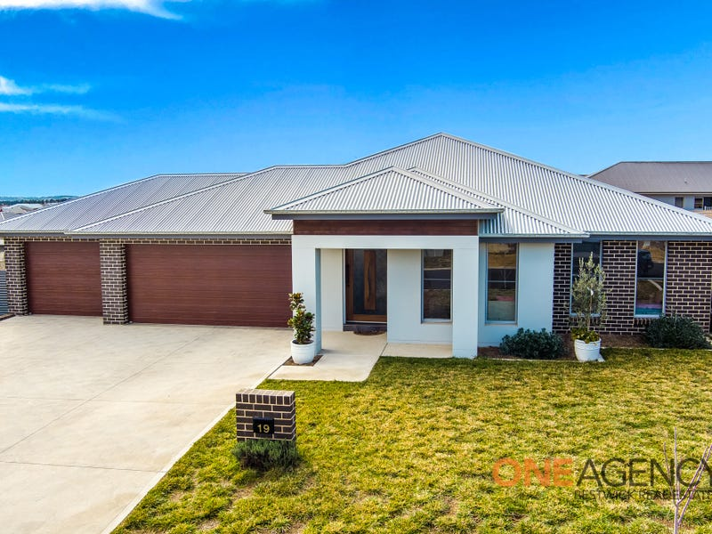 19 Ignatius Place, Kelso, NSW 2795