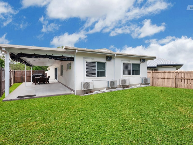 1/16 Golden Grove Drive, Bentley Park, Qld 4869