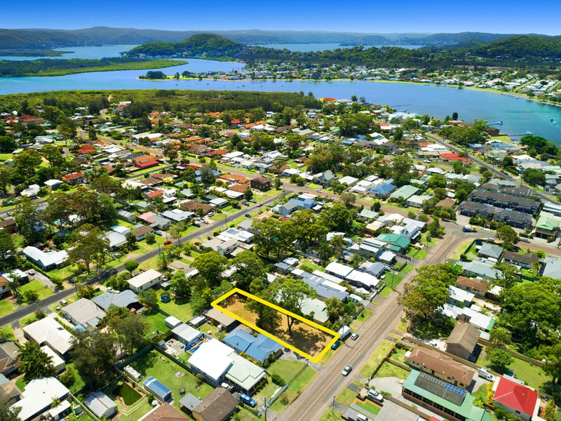 17 Greenfield Road, Empire Bay, NSW 2257