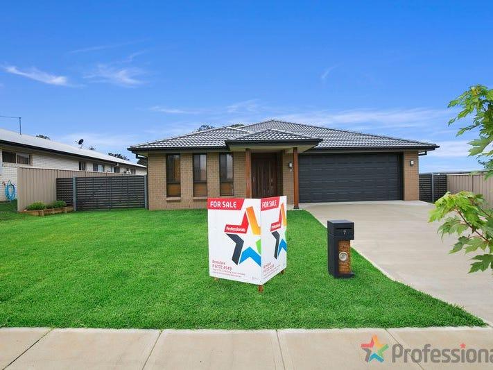 7 Holmfield Drive, Armidale, NSW 2350