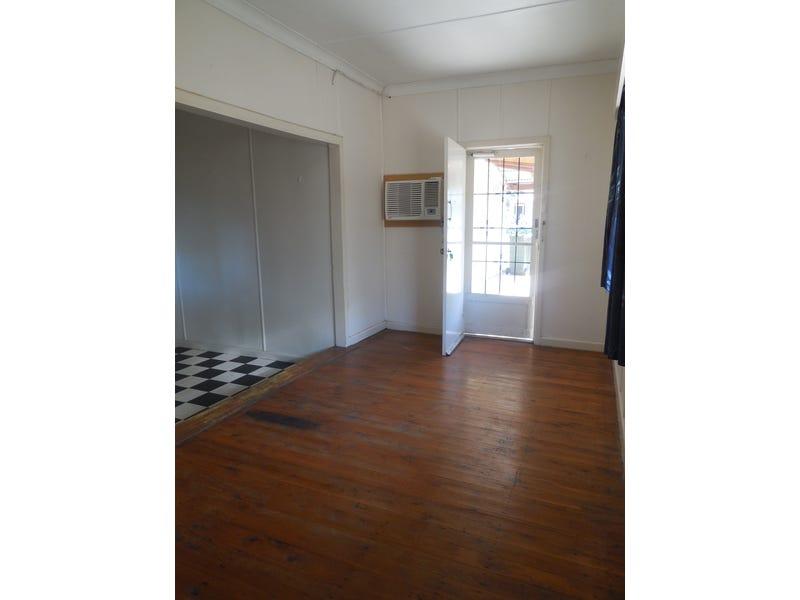 1/52-54 Farrand Street, Forbes, NSW 2871