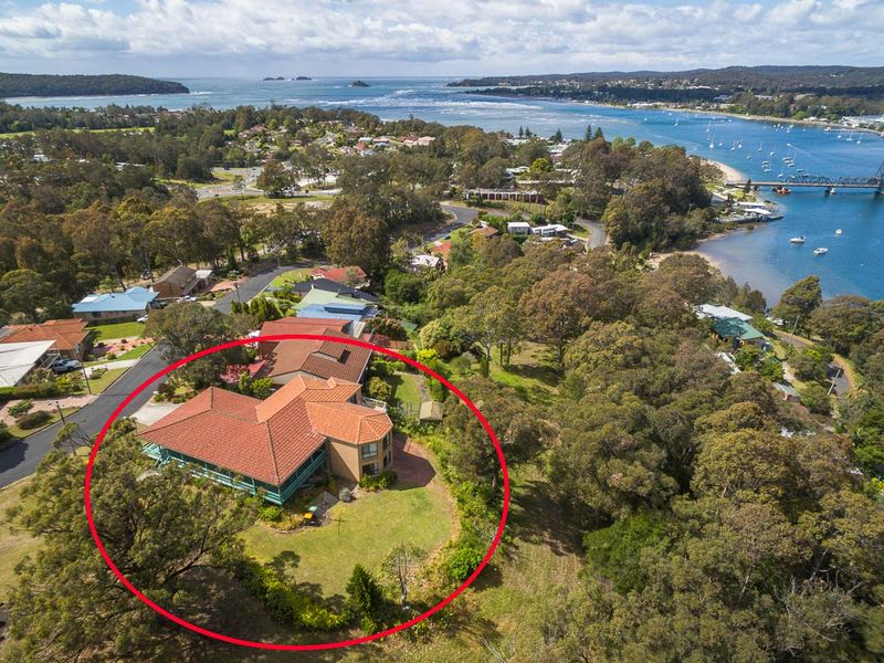 13 Penthouse Place, North Batemans Bay, NSW 2536