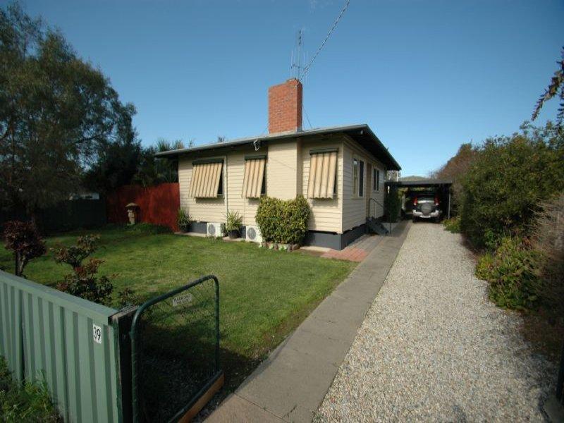 39 SCHOOL ROAD, Springhurst, Vic 3682