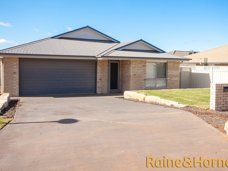 10 Lady Barron Circle, Dubbo, NSW 2830