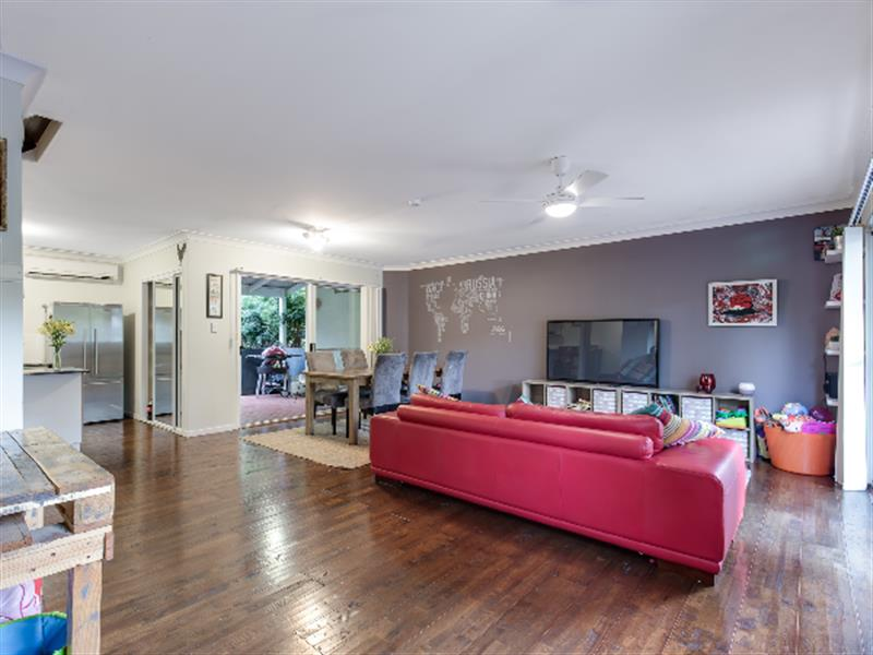 2/206 D'arcy Rd, Seven Hills, Qld 4170