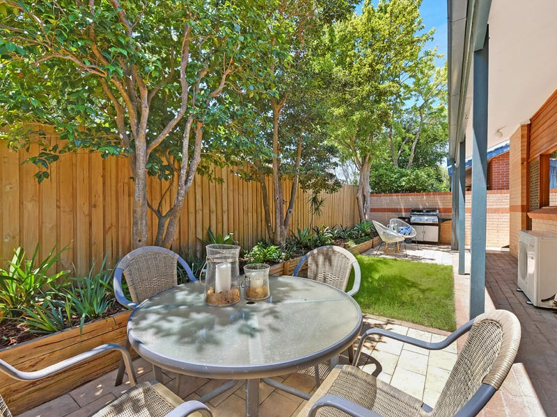 2/88 Sherbrook Road, Hornsby, NSW 2077