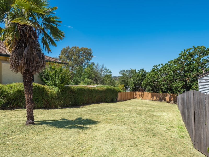 12A View Street, Castlemaine