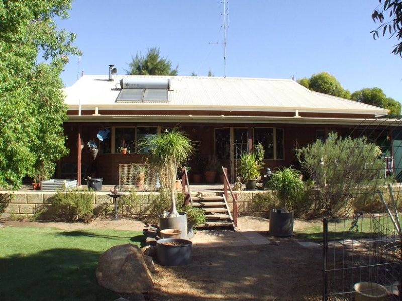 5497 Great Southern Highway (Gwambygine), York, WA 6302