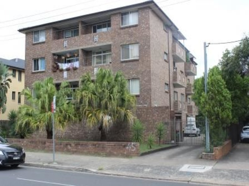 2/45 Bathurst Street, Liverpool, NSW 2170