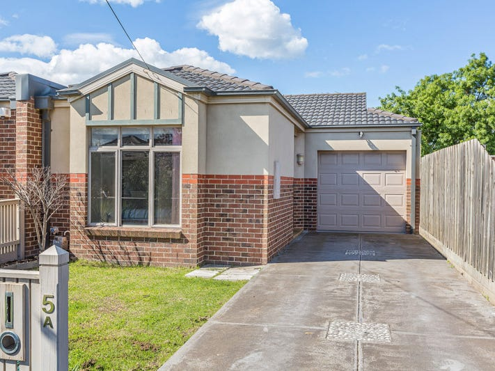 5A Eames Avenue, Brooklyn, Vic 3012
