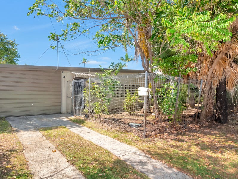 6 Jacaranda Street, Holloways Beach, Qld 4878