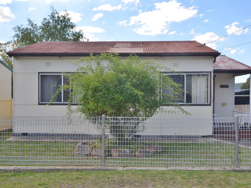 10  First Street, Lithgow, NSW 2790