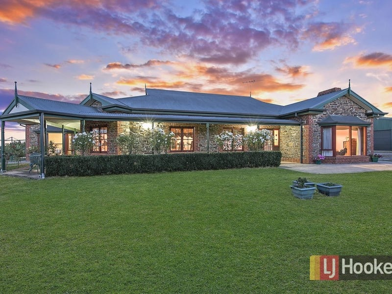 1 Range Road North, Lower Hermitage, SA 5131