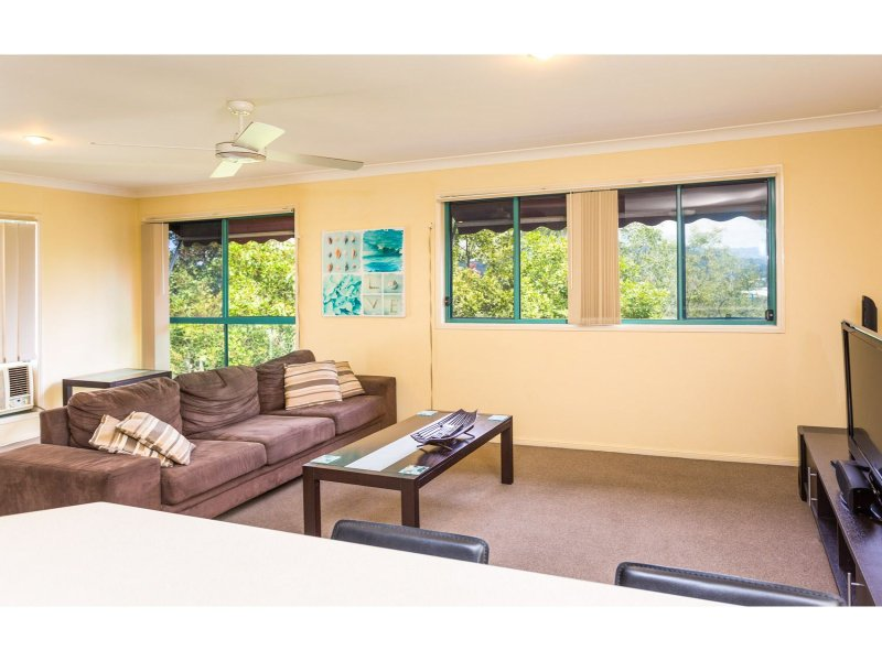 2014/6 Crestridge Crescent, Oxenford, Qld 4210