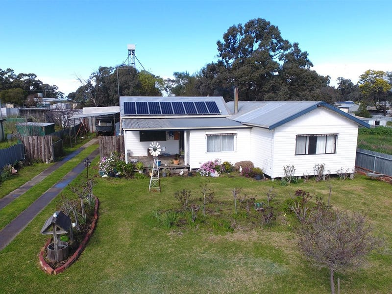 31 Barrack Street, Goroke, Vic 3412